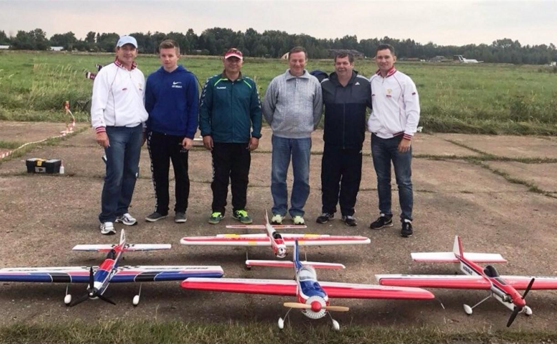 Туляки завоевали два золота на Открытом кубке Калужской области по авиамодельному спорту