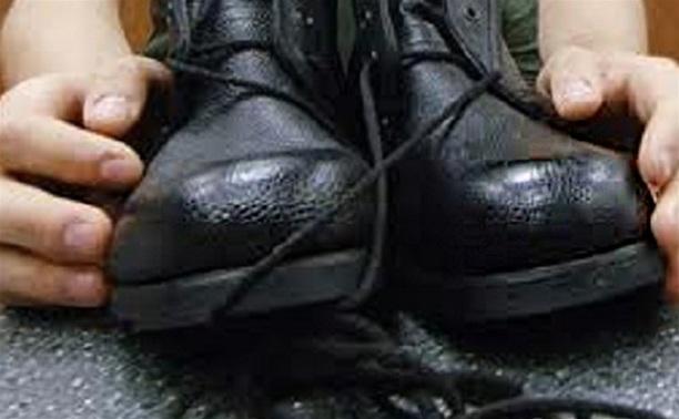 В Туле воры «менялись» обувью с магазинами