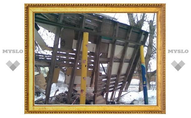 В тульском детсаду рухнула крыша веранды