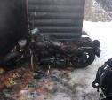 В Туле сгорел гараж с мототехникой