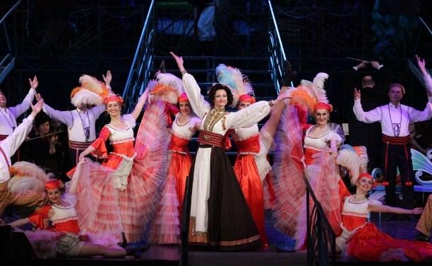 В тульский театр приехали родственники из Белоруссии