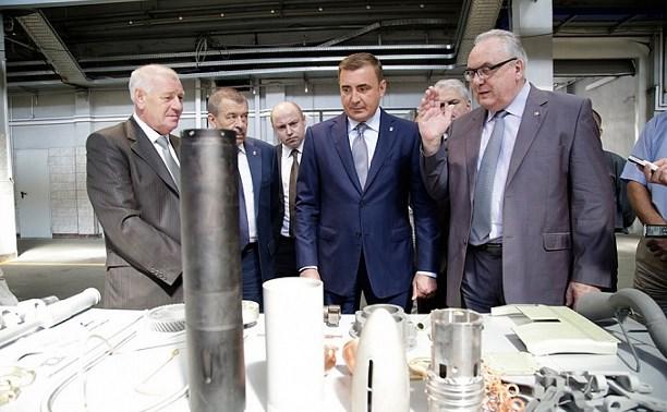 Алексей Дюмин  посетил АО «АК «Туламашзавод»