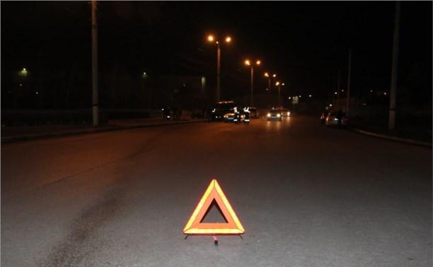 На дороге «Щёкино-Киреевск» водитель грузовика сбил двух мотоциклистов и скрылся