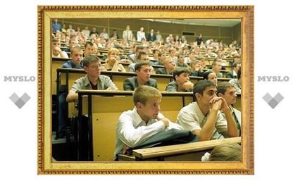 За тульскими студентами будут следить скрытые камеры