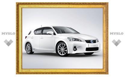 Компания Lexus официально представила гибридный хэтчбек