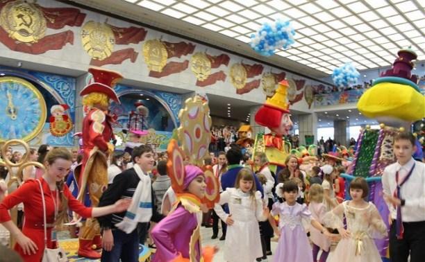 Тульские дети едут на Кремлёвскую ёлку