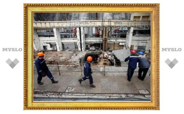 Студентов Сибирского заставляли работать на Саяно-Шушенской ГЭС после аварии