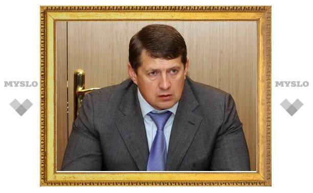 Евгений Авилов приказал коммунальным службам срочно осушить тульские дороги