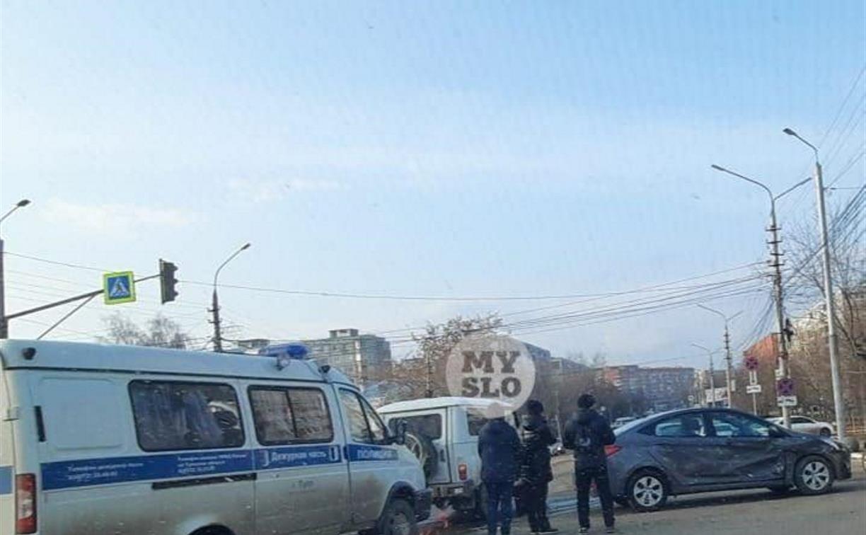 В Туле попал в ДТП полицейский автомобиль