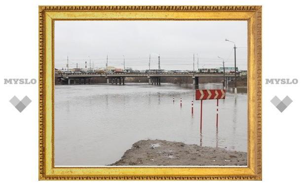 В Щекинском районе подтоплен низководный мост
