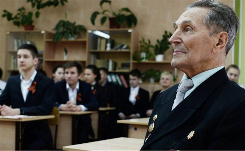 «Ростелеком» обеспечил прямые включения из городов-героев на Всероссийском уроке Победы
