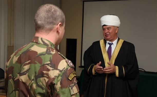 Тульский имам провел лекцию для полицейских перед командировкой на Северный Кавказ