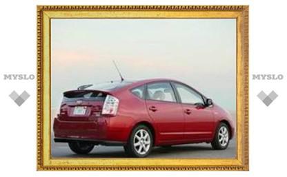 В 2009 году в Россию приедет популярнейший гибрид Toyota Prius