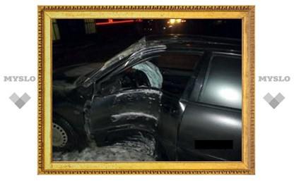 Туляк сбил столб, последний накрыл две машины