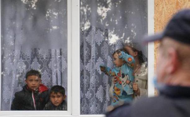 В тульском селе сносят незаконные цыганские постройки: фоторепортаж