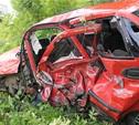 При столкновении на трассе «Крым» у легковушек оторвало колеса