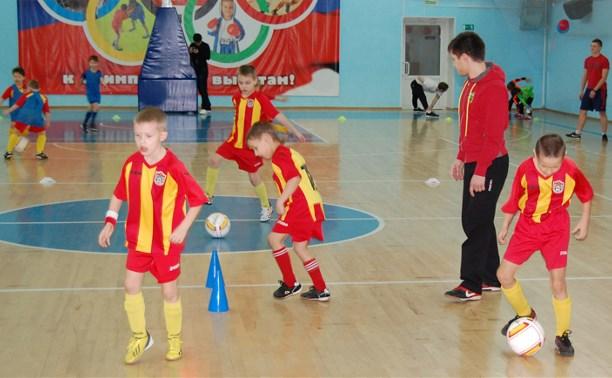"""Игроки молодёжки """"Арсенала"""" провели мастер-класс для юных канониров"""