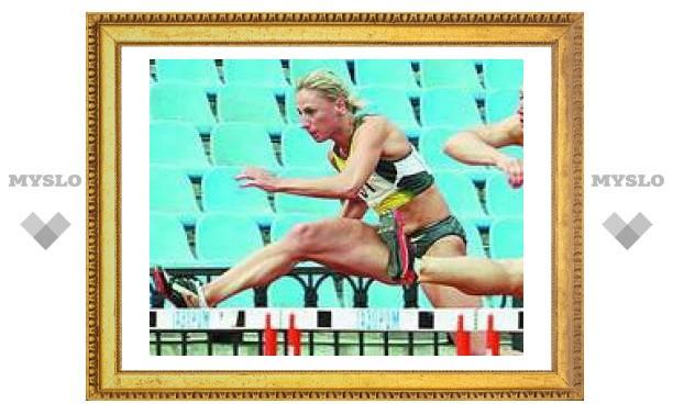 Тульская легкоатлетка поставила рекорд сезона