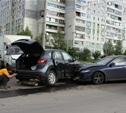 В Пролетарском районе столкнулись три автомобиля