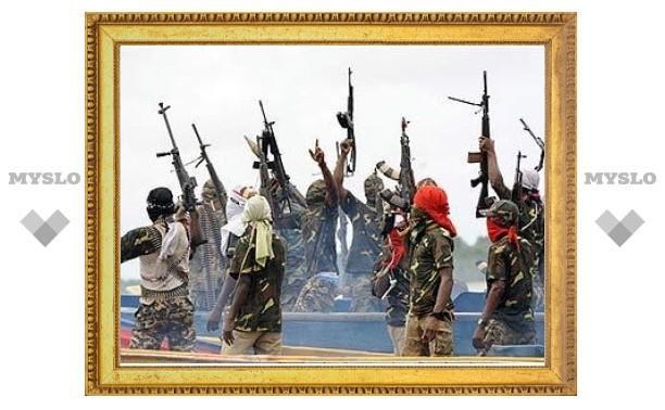 Нигерийские боевики напали на нефтяной пирс в Лагосе