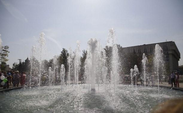 На Крестовоздвиженской площади в Туле открыт поющий фонтан