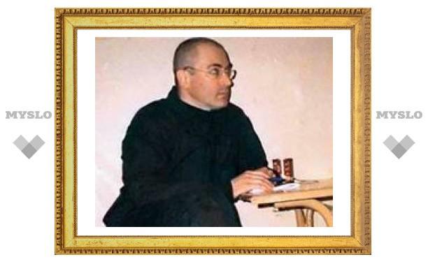 Ходорковский продолжает голодовку. Он не знает, что Алексанян в спецклинике