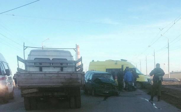 В Туле пьяный водитель устроил тройное ДТП