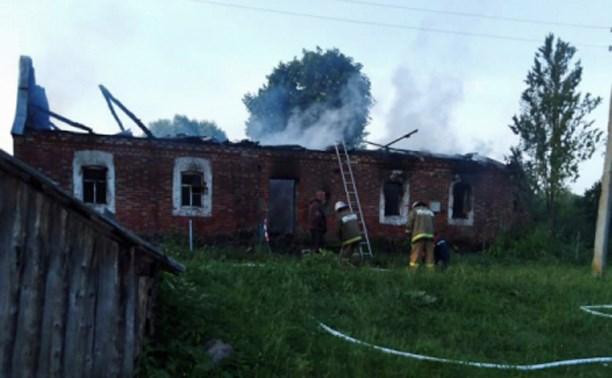 При пожаре в Белевском районе погиб мужчина