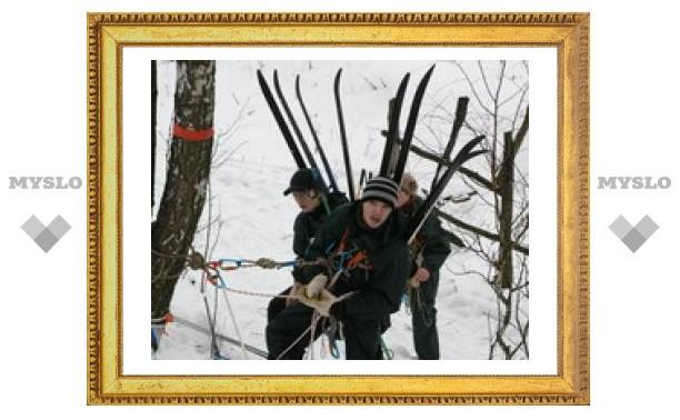 Под Тулой лыжников заставили лазить по веревкам