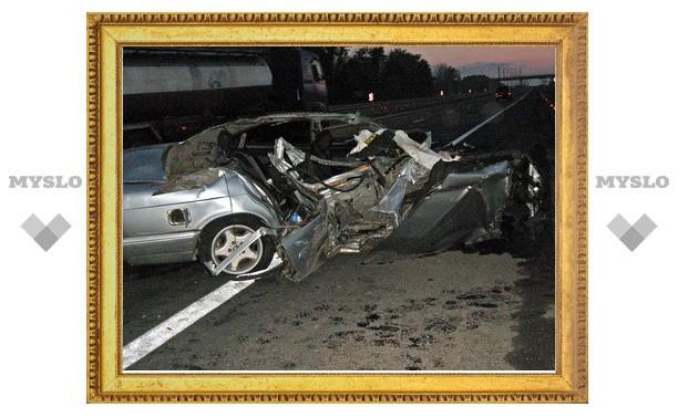 Под Тулой столкнулись BMW и КамАЗ