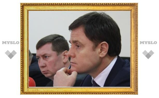 Зарплата бюджетников вырастет до 12000 рублей
