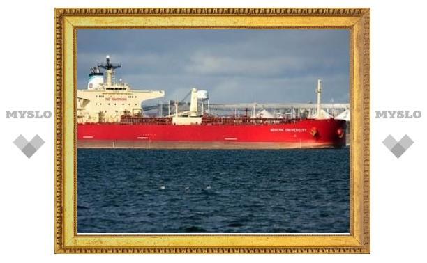 Задержанных на танкере пиратов будут судить в Москве