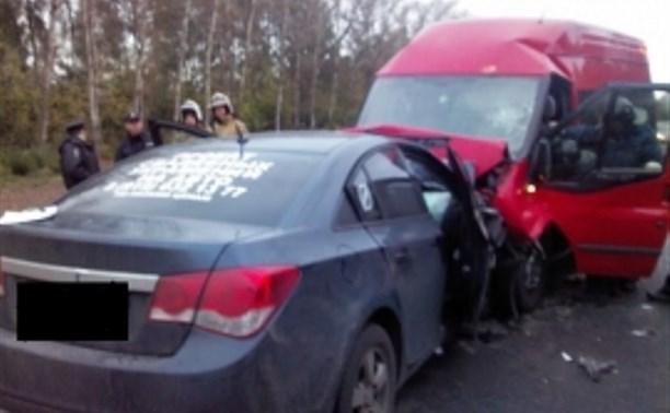 Двое туляков погибли в крупной аварии под Орлом