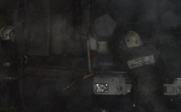 На ул. Октябрьской сгорела фура
