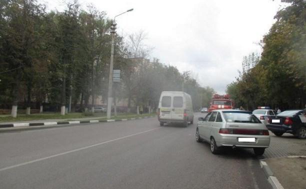 В Туле на улице Кутузова ВАЗ въехал в «Форд»