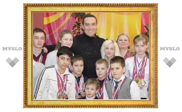 Александр Невский принимает «спортивные» заявки от тульских школьников на электронную почту