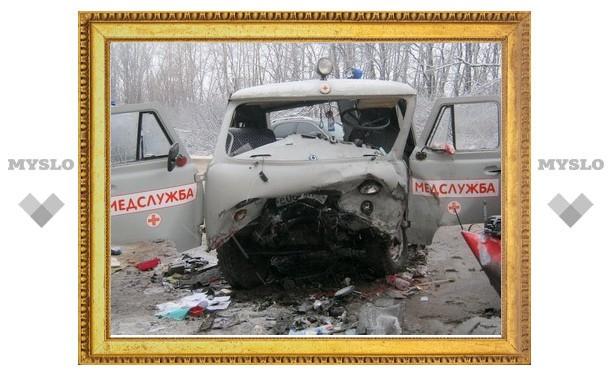 В ДТП с участием «скорой» под Тулой погибла завотделением Новомосковского роддома