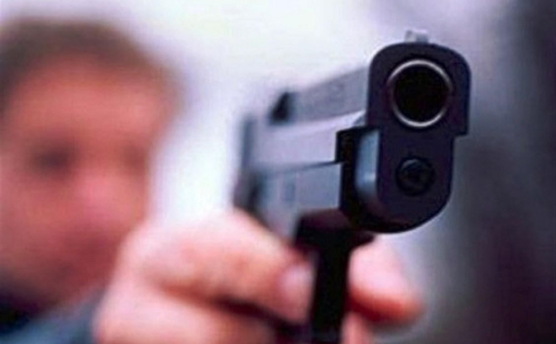 В Туле уроженец Белоруссии угрожал пистолетом администратору магазина