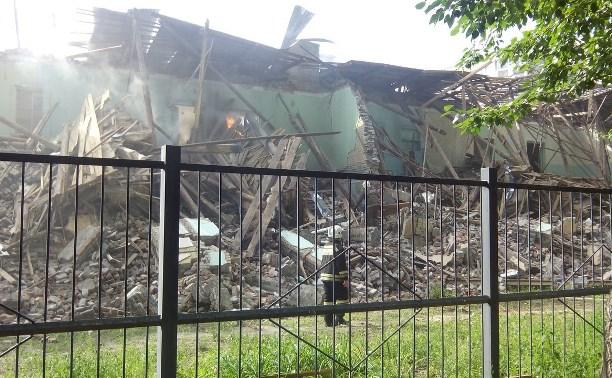 В Туле загорелось здание заброшенной школы