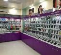 В Туле продавцы салона сотовой связи обокрали посетительницу