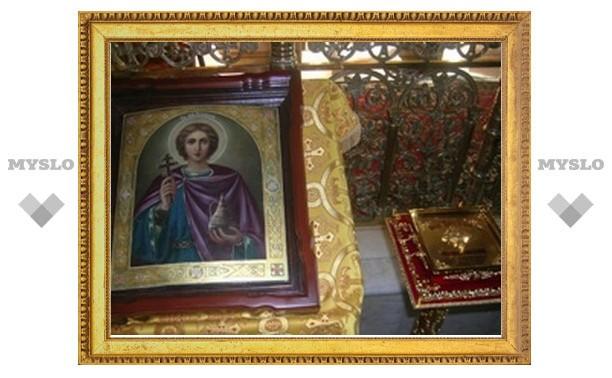 Частицу мощей мученика Вонифатия передали в московский храм