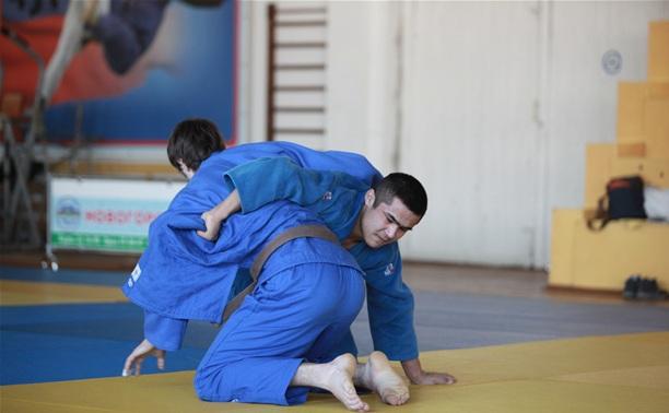 В Туле прошло региональное первенство по дзюдо