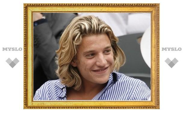 Сын Саркози отказался от престижной работы после обвинений в протекции