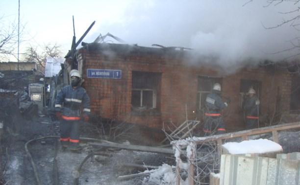 Жилой дом в Узловой тушили 25 пожарных