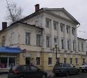 На ул. Пирогова в Туле владелец кафе незаконно отремонтировал историческое здание