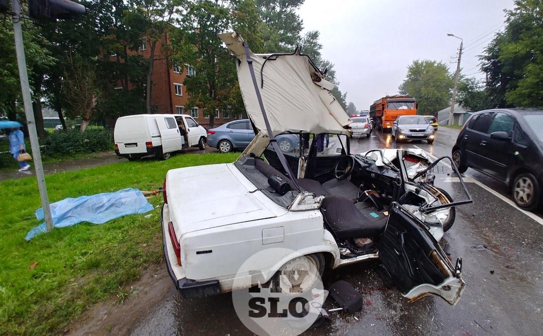 В жутком ДТП на ул. Кутузова в Туле погиб подросток