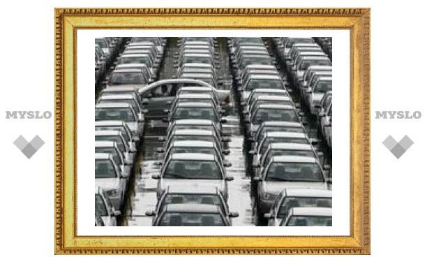 Названы самые хорошо и плохо продаваемые машины в России