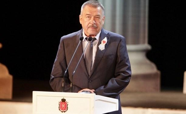 Юрий Андрианов поздравил тульских медработников с профессиональным праздником