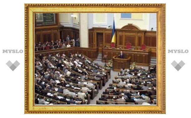 Президент Украины отобрал у Рады контроль за силовиками