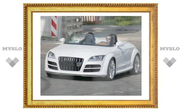 Фотографы засняли новую версию родстера Audi TT